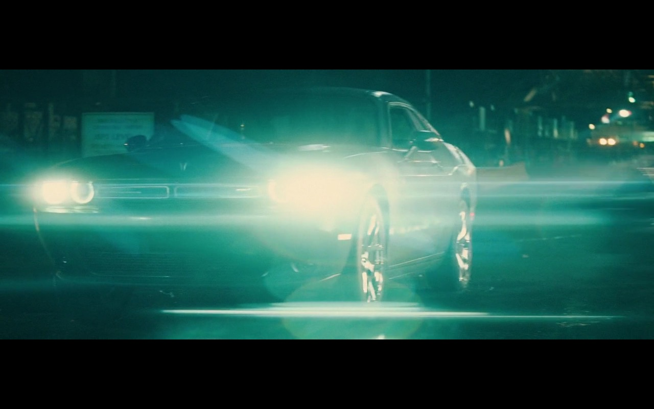 Dodge Challenger – Batman v Superman: Dawn of Justice (2016) - Movie Product Placement