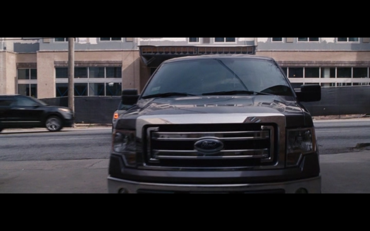 Ford F150 Pickup Truck – The Accountant (2016) Movie Product Placement