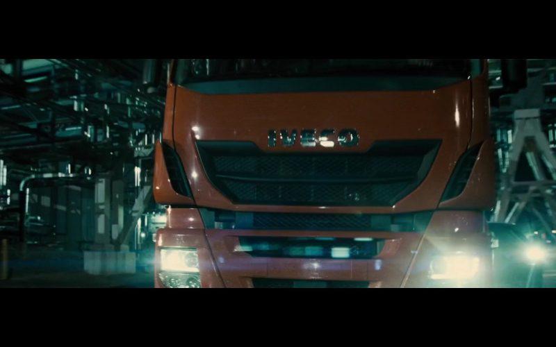 Iveco Truck – Batman v Superman Dawn of Justice 2016 (1)