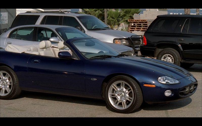Jaguar XK8 - Bad Santa (2003) Movie Product Placement