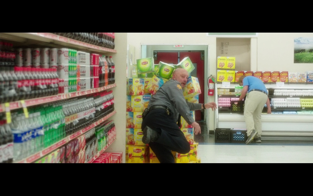 Lipton - Bad Moms (2016) Movie Product Placement