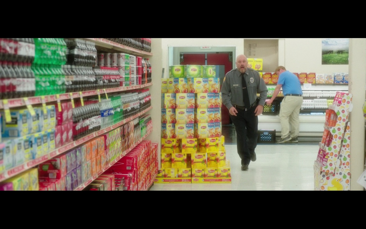 Lipton and Cheerios - Bad Moms (2016) Movie Product Placement