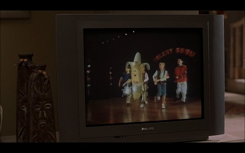 Philips TV – Bad Santa (2003) Movie Product Placement