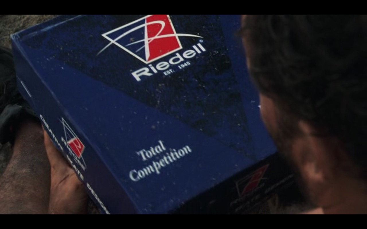 Riedell Skates – Cast Away (2000) Movie Product Placement