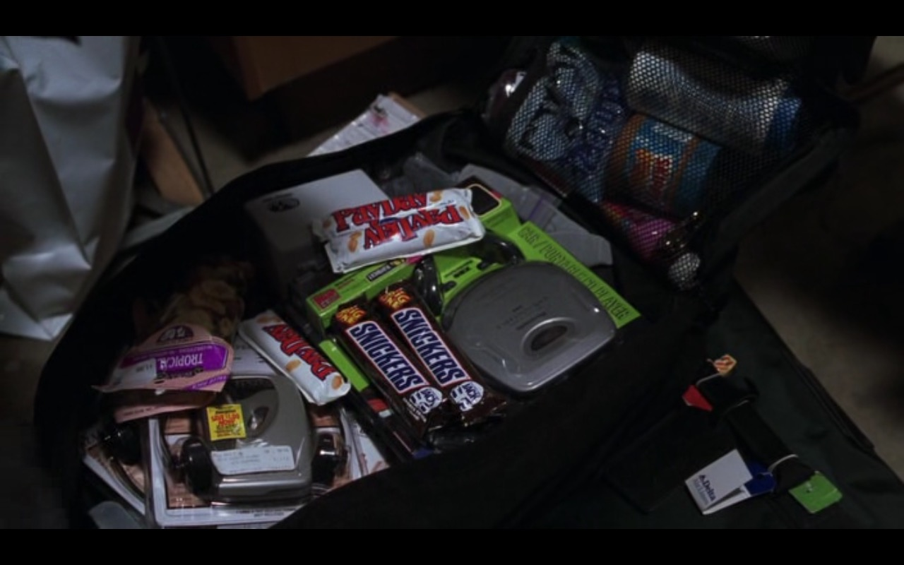 Snickers – Cast Away (2000) Movie Product Placement