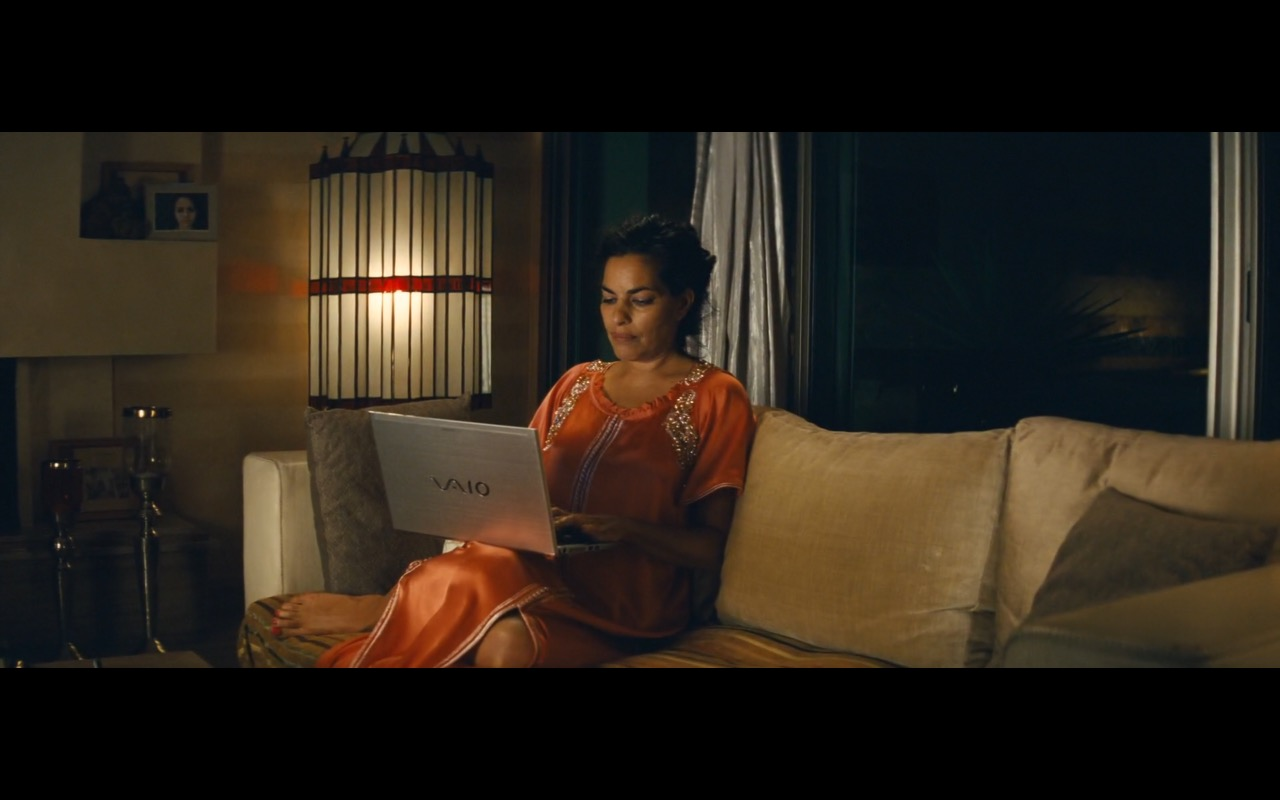 Sony VAIO Laptop – A Hologram for the King (2016) Movie Product Placement