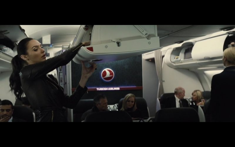 Turkish Airlines – Batman v Superman Dawn of Justice 2016 (1)