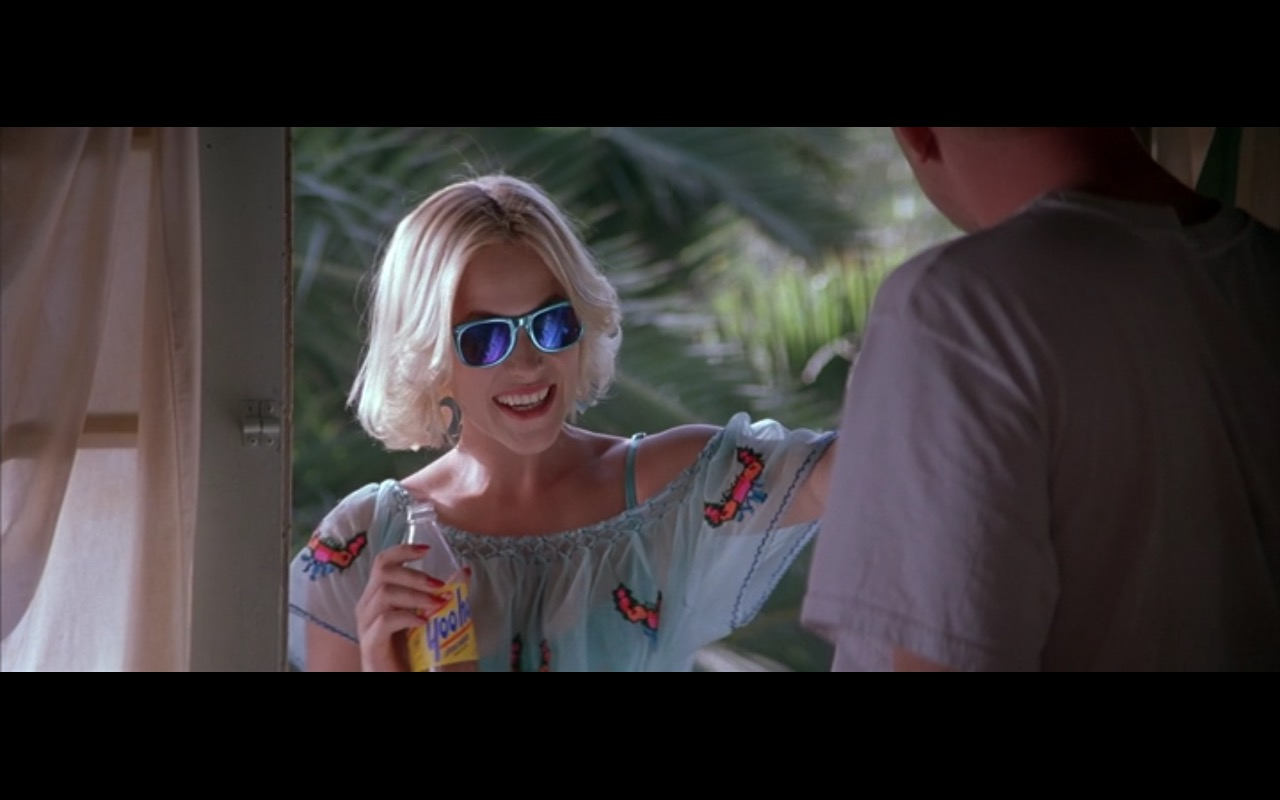 Yoo-hoo – True Romance (1993) Movie Product Placement