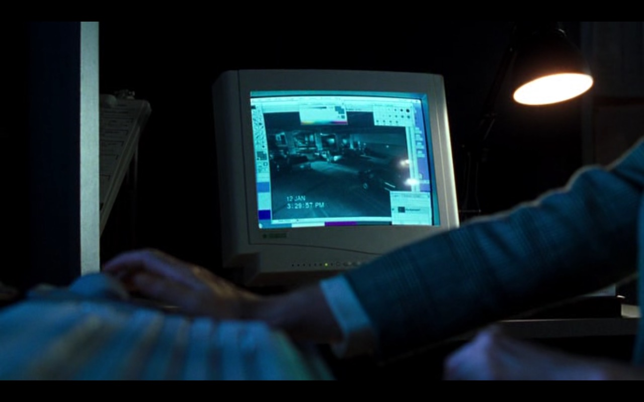Apple Computer - U.S. Marshals (1998) - Movie Product Placement