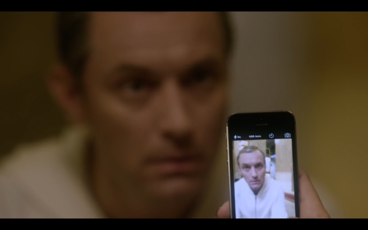 Apple iPhone 5/5s – The Young Pope TV Show