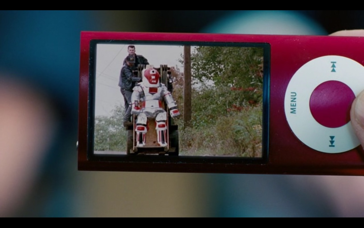 Apple iPod Nano Music Player  – Dinner for Schmucks (2010) Movie Product Placement
