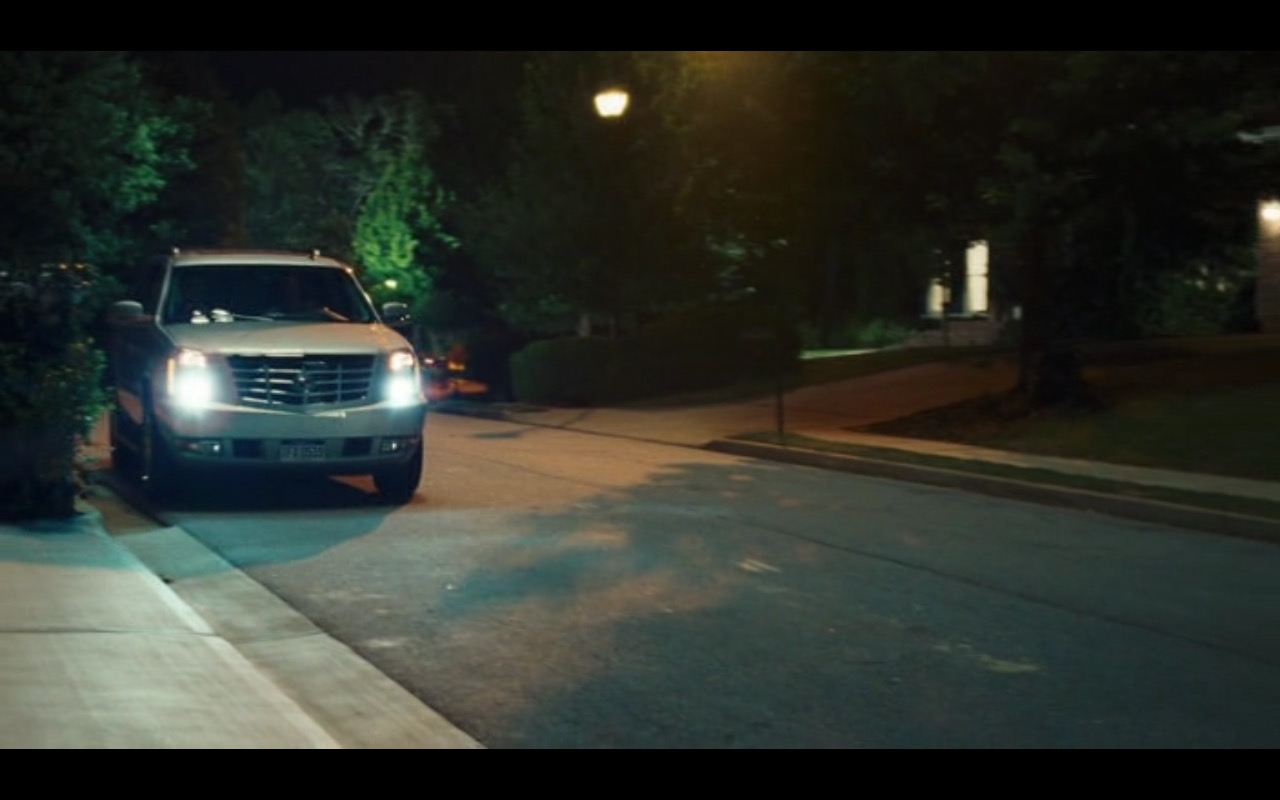Cadillac Escalade - American Reunion (2012) Movie Product Placement