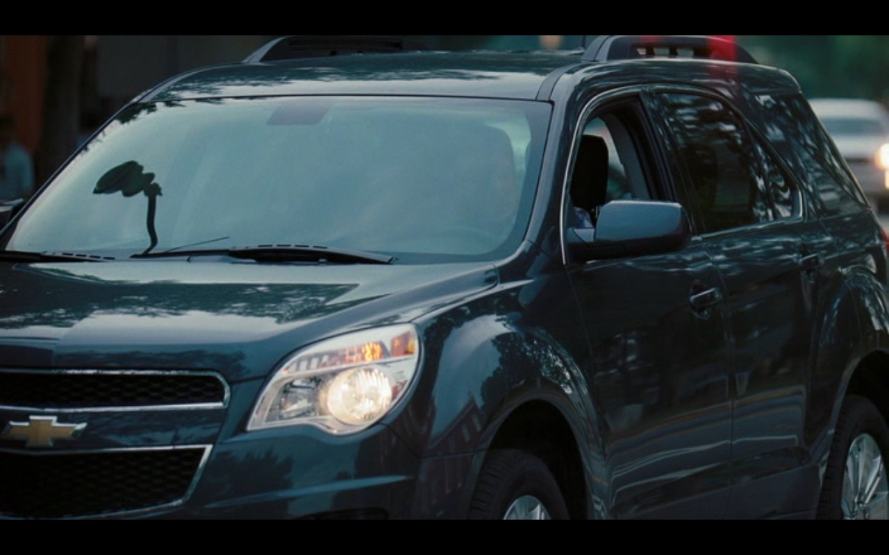 Chevrolet Equinox – American Reunion (2012) - Movie Product Placement