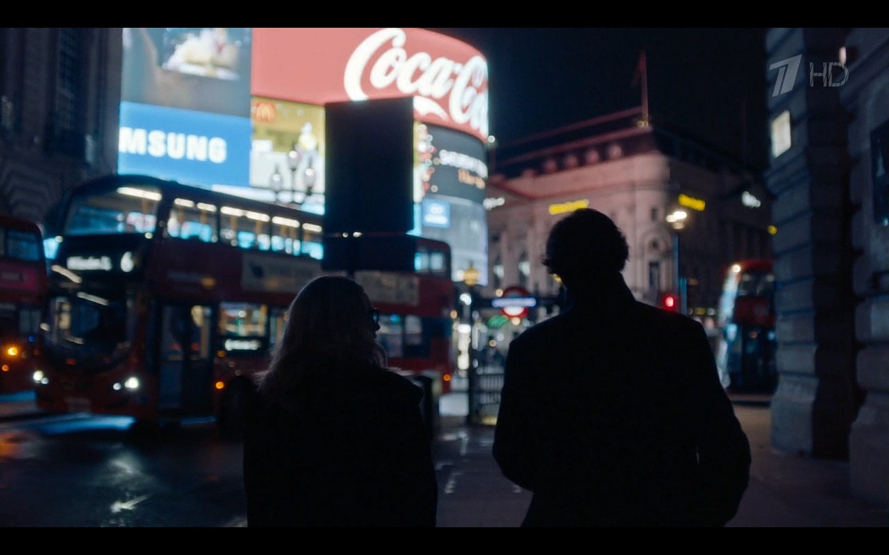 Coca-Cola And Samsung - Sherlock TV Show Product Placement