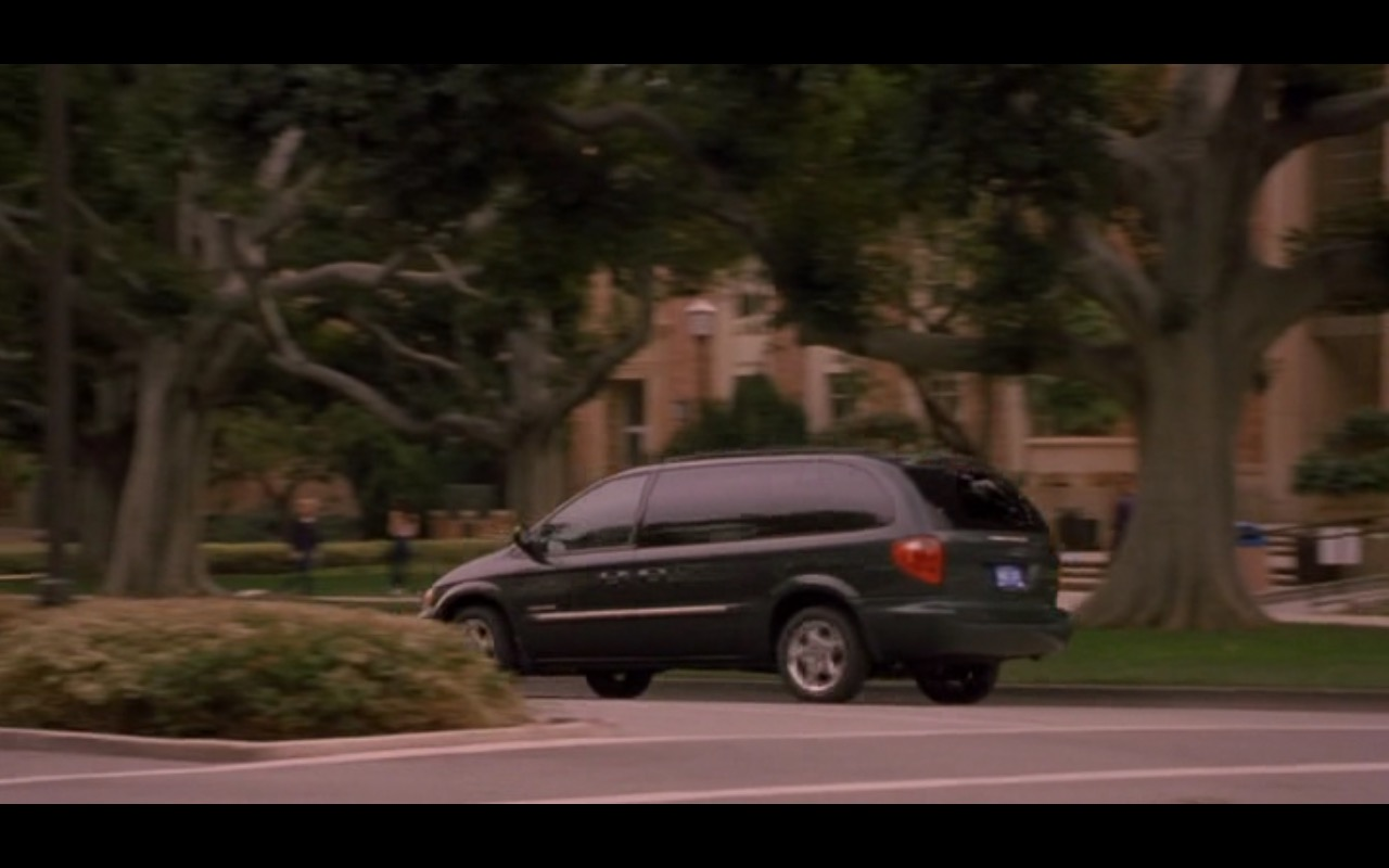 Dodge Grand Caravan - American Pie 2 (2001) Movie Product Placement