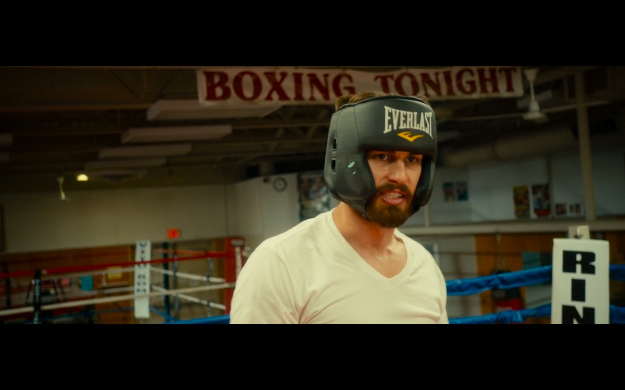 Everlast Boxing Headgear And Gloves - War on Everyone (2016) Movie Product Placement