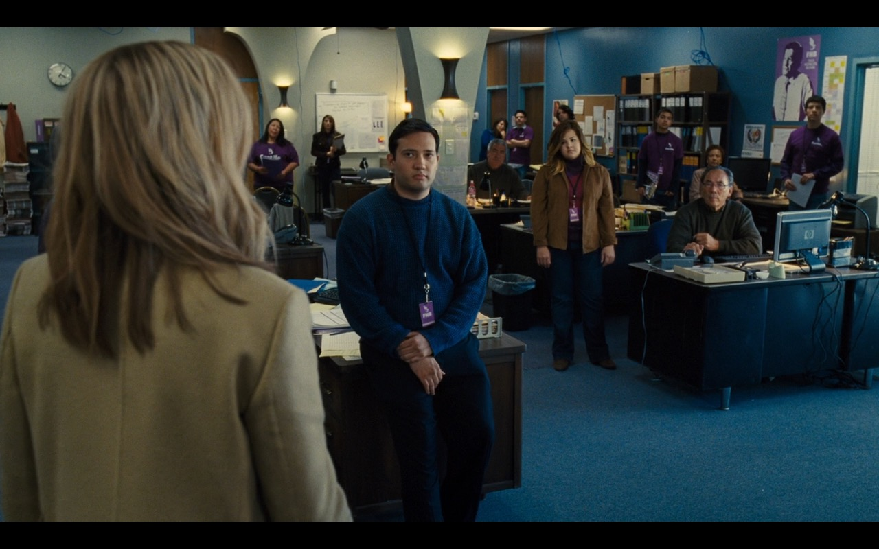 Hewlett-Packard Monitors – Our Brand Is Crisis (2015) Movie Product Placement