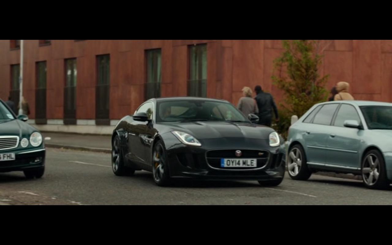 Jaguar F-Type Coupé – Criminal (2016) - Movie Product Placement