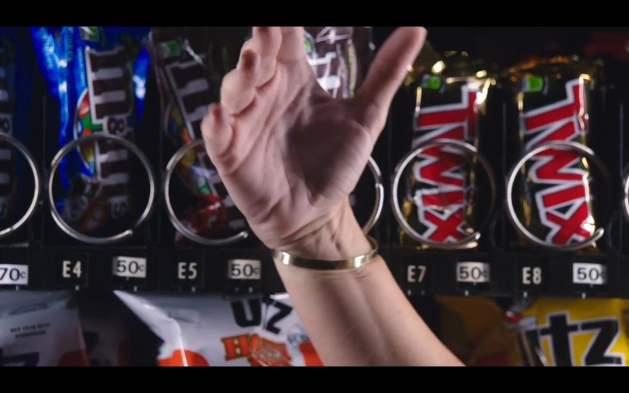 M&M'S, UTZ Quality Foods And Twix – Mother's Day (2016) - Movie Product Placement