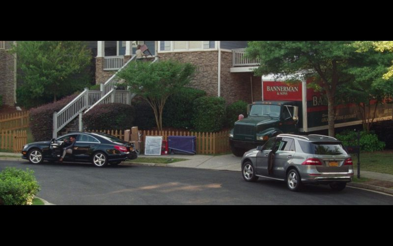 Mercedes-Benz CLS 550 And Mercedes-Benz ML – Keeping Up with the Joneses (2016)