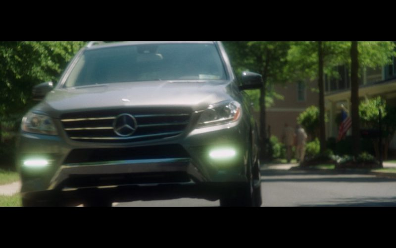 Mercedes-Benz ML – Keeping Up with the Joneses (1)