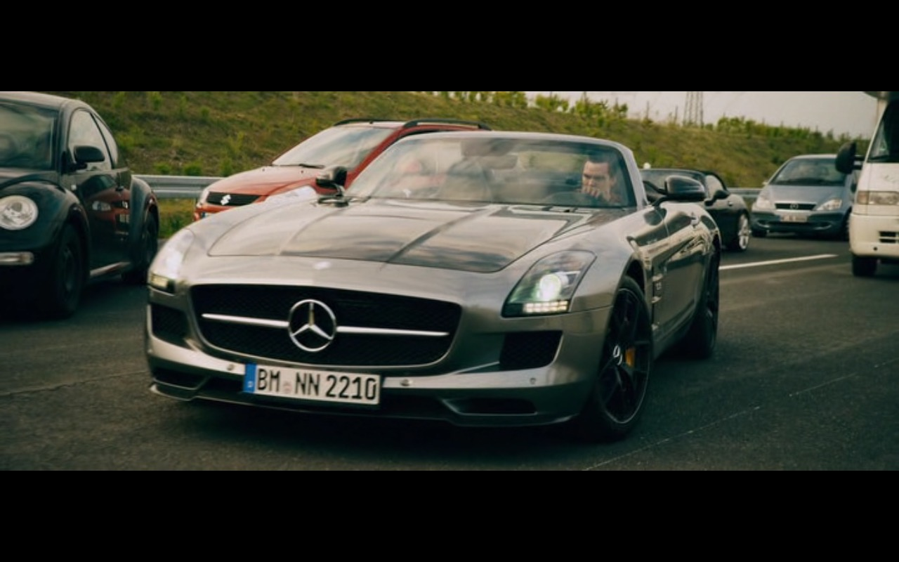 Mercedes-Benz SLS AMG Roadster – Collide (2016) Movie  Product Placement Review
