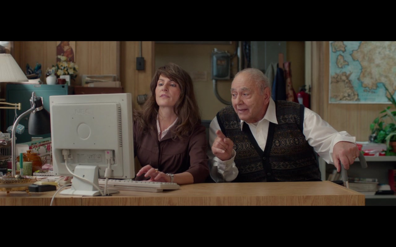 NEC Monitor – My Big Fat Greek Wedding 2 (2016) Movie Product Placement