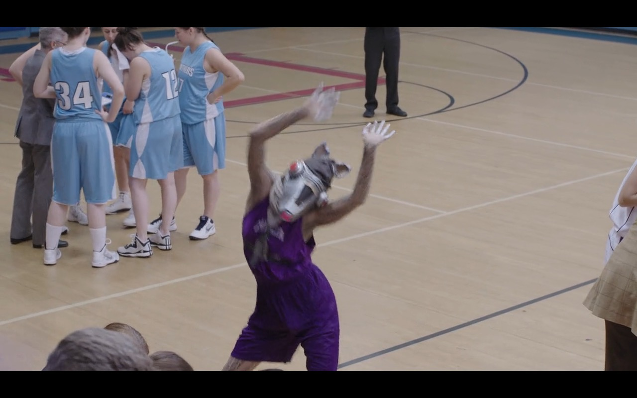 Nike Men's White Sneakers – Mascots (2016) - Movie Product Placement
