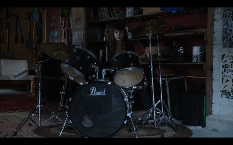 Pearl Drums – Dirk Gently's Holistic Detective Agency, (1)