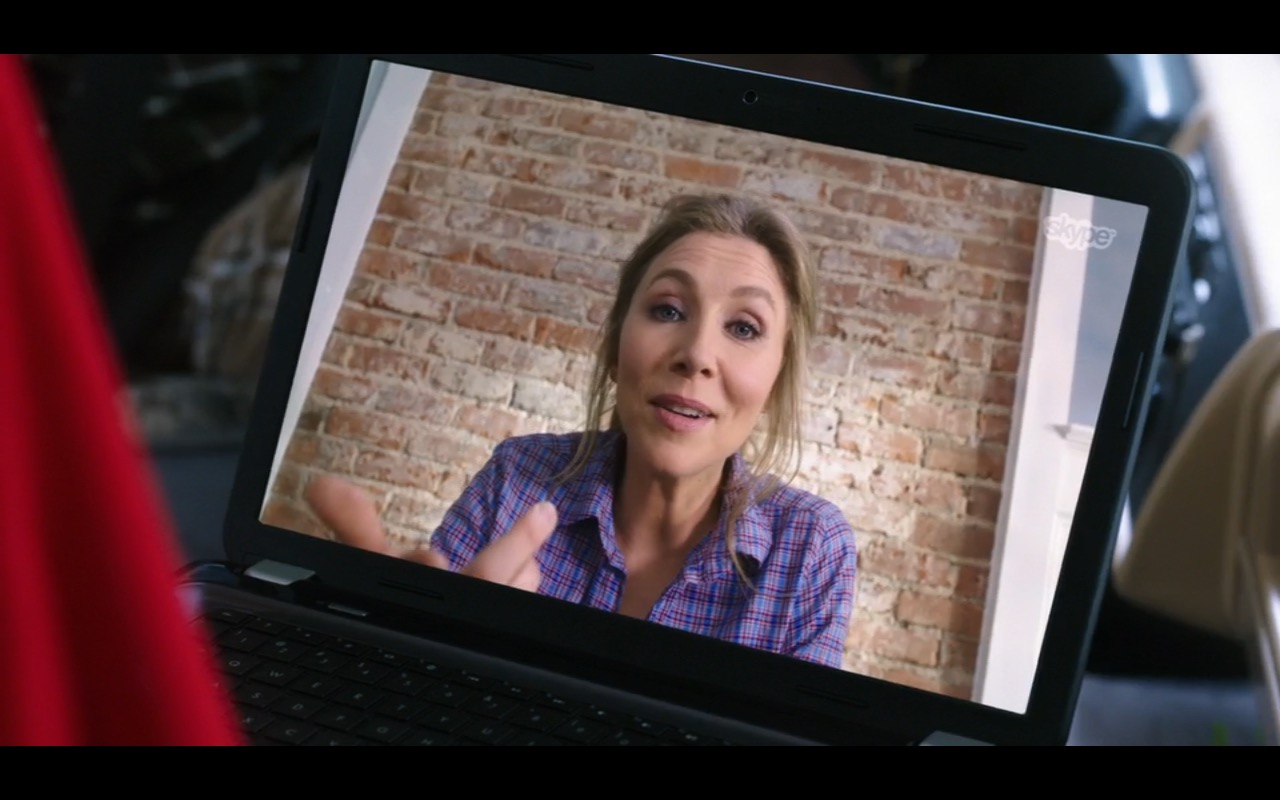 Skype  – Mother's Day (2016) - Movie Product Placement