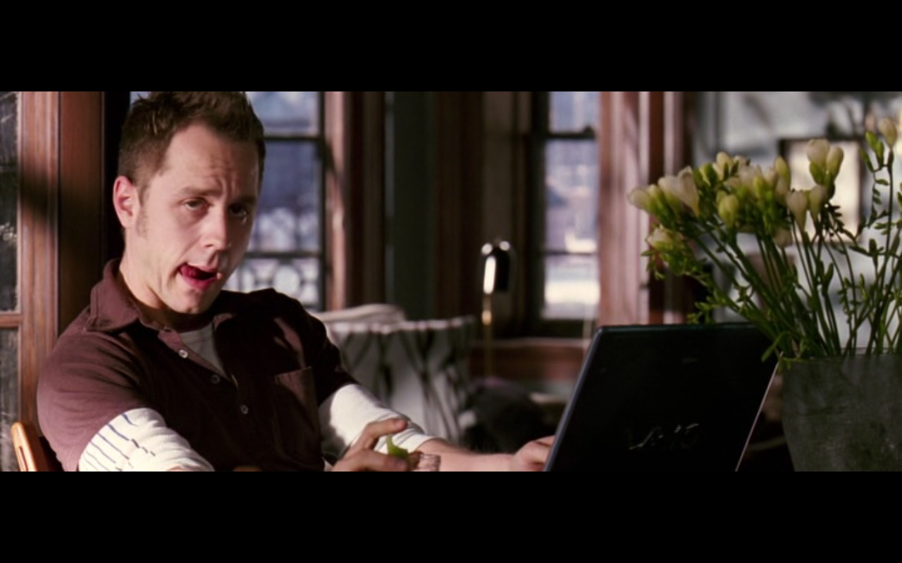 Sony VAIO Notebooks – Perfect Stranger (2007) - Movie Product Placement