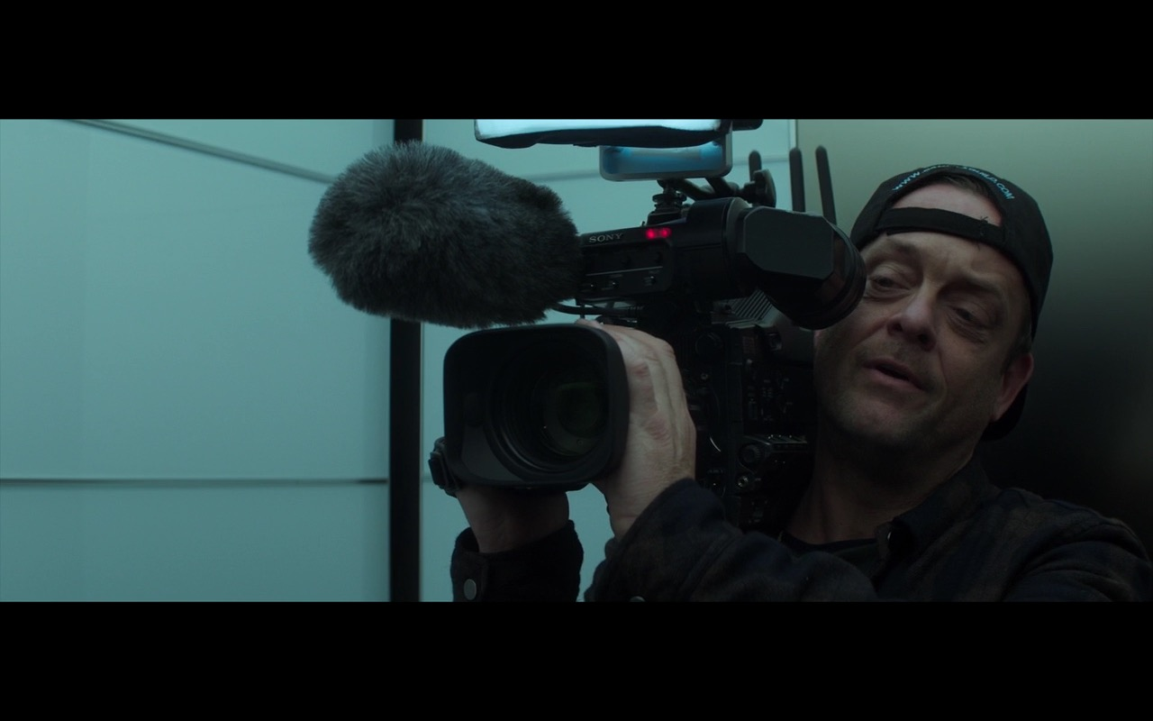 Sony Video Cameras – Money Monster (2016) Movie Product Placement