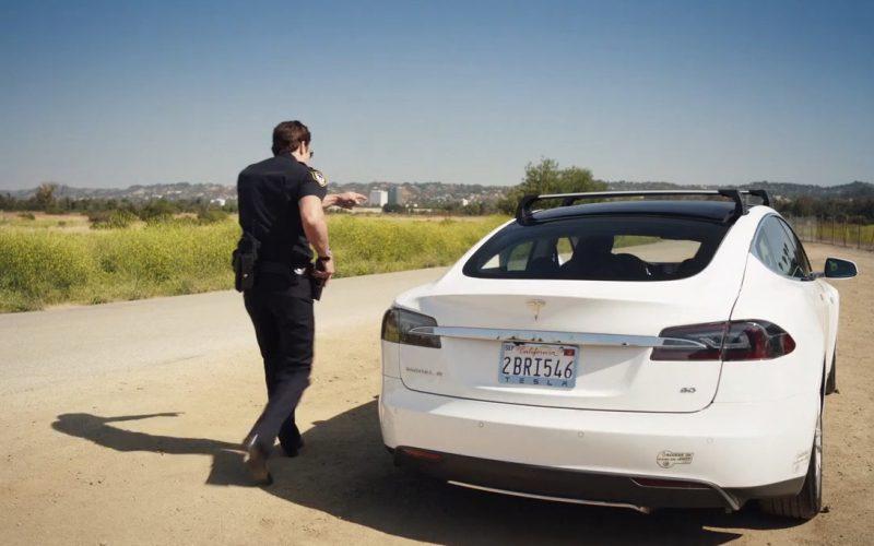 Tesla – Con Man