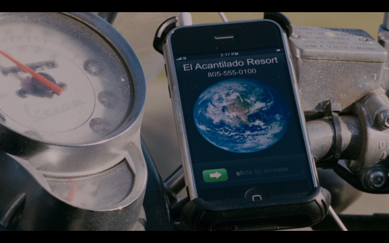 Vespa Scooter And Apple iPhone 2g – I Love You, Man (2009) Movie Product Placement