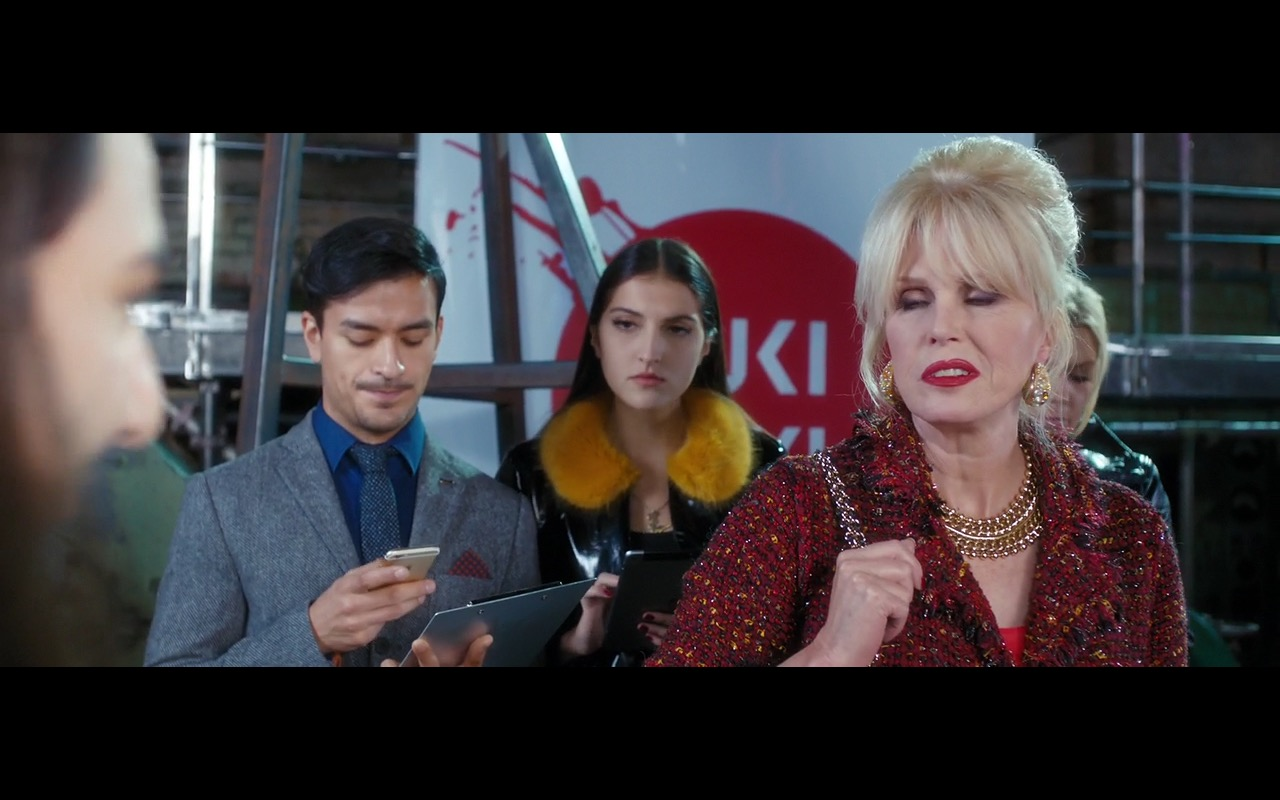 Apple iPhone 6/6s – Absolutely Fabulous: The Movie (2016) - Movie Product Placement