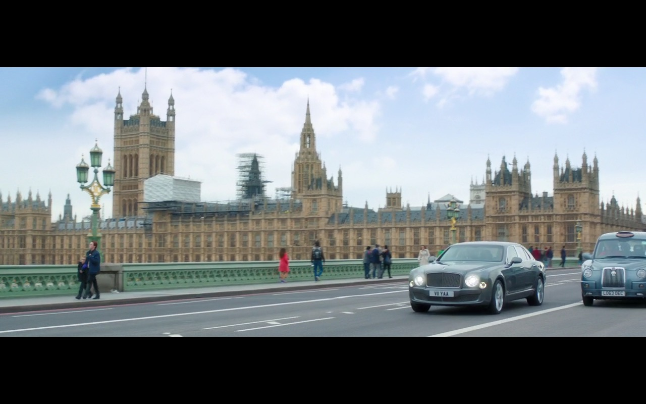 Bentley Mulsanne - Absolutely Fabulous: The Movie (2016) Movie Product Placement