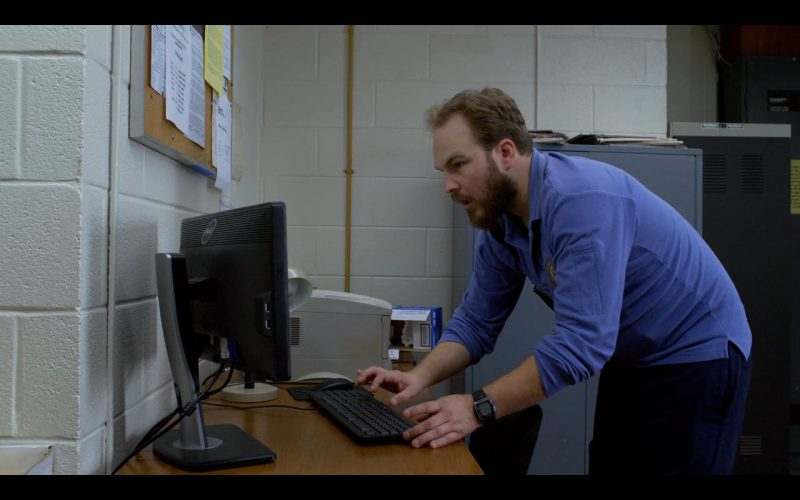 Dell Monitors - Orange Is the New Black TV Show Product Placement