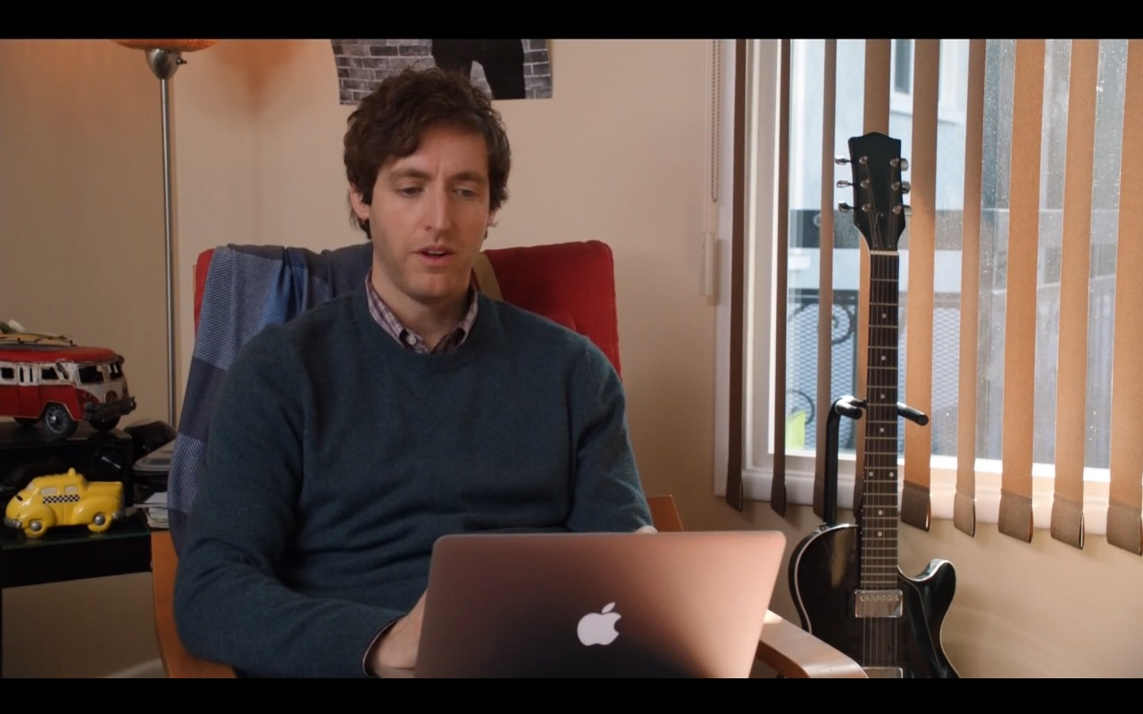MacBook Air - Silicon Valley - TV Show Product Placement