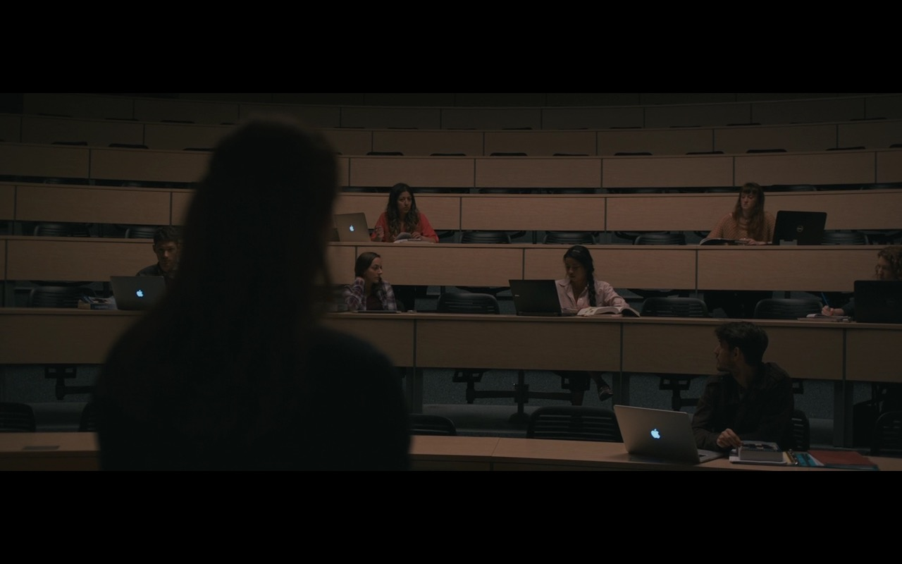 MacBook And Dell Laptops - Arrival (2016) Movie Product Placement