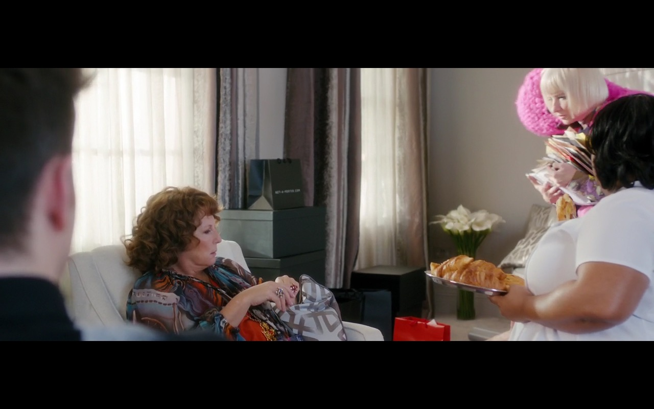 Net-a-Porter – Absolutely Fabulous: The Movie (2016) Movie Product Placement