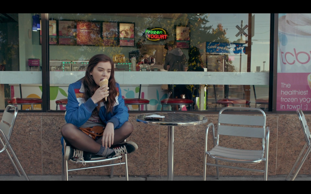 TCBY Frozen Yogurt Store – The Edge of Seventeen (2016) Movie Product Placement