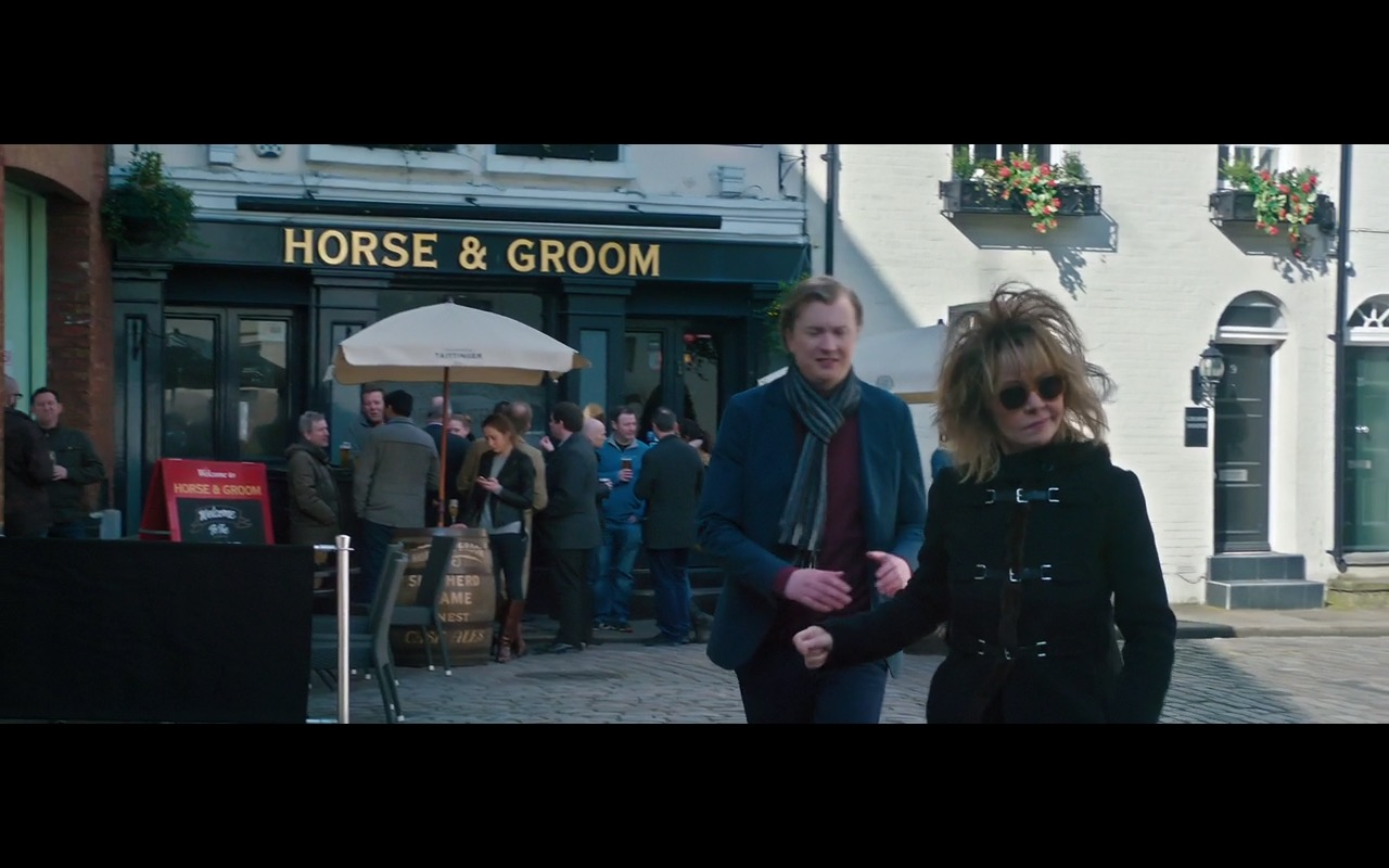 The Horse and Groom – Absolutely Fabulous: The Movie (2016) Movie  Product Placement Review