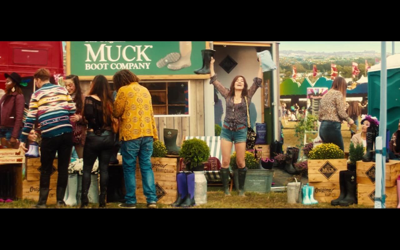 The Original Muck Boot Company – Bridget Jones's Baby (2016) - Movie Product Placement