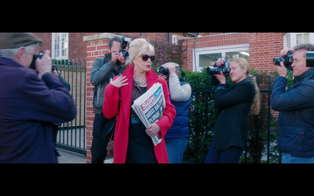 The Sun Newspaper – Absolutely Fabulous: The Movie (2016) Movie Product Placement