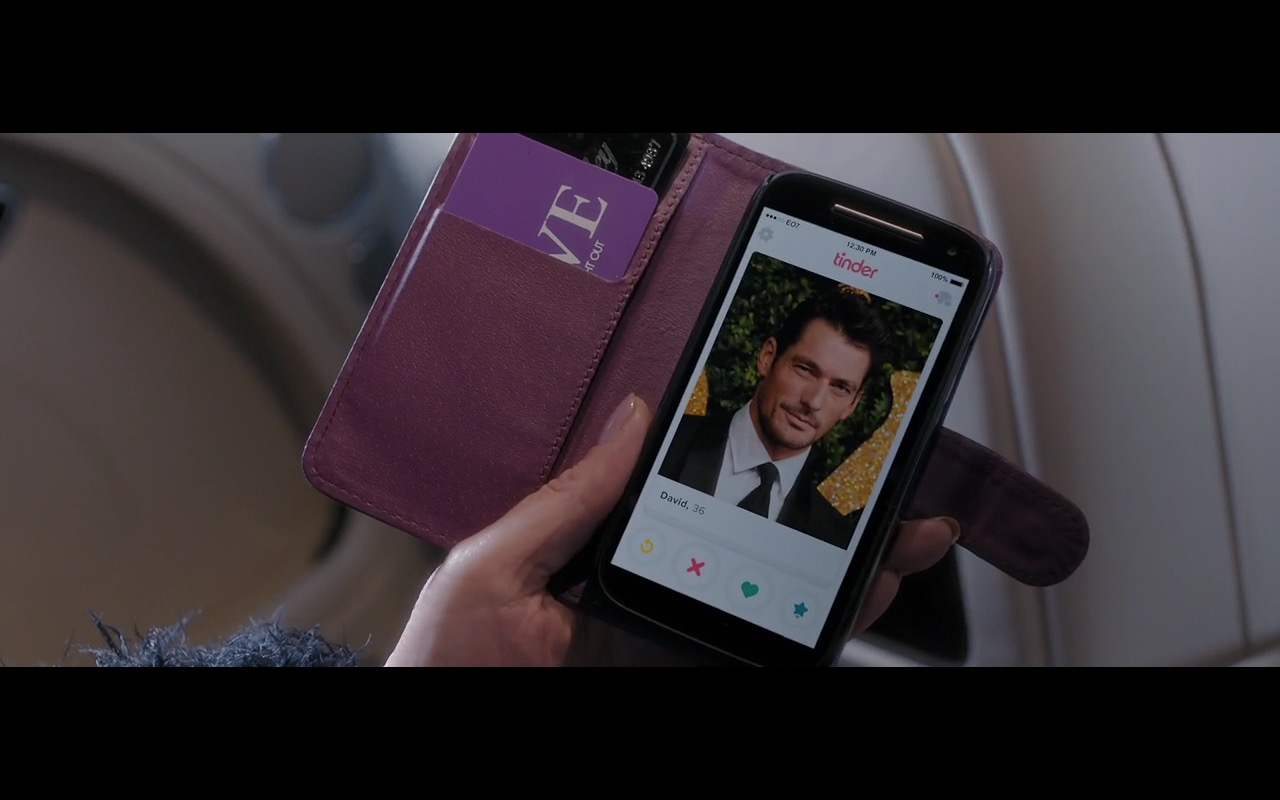Tinder – Absolutely Fabulous: The Movie (2016) Movie Product Placement