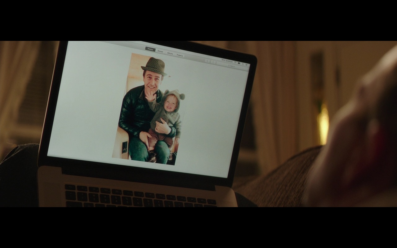 Apple MacBook Air – Collateral Beauty (2016) - Movie Product Placement