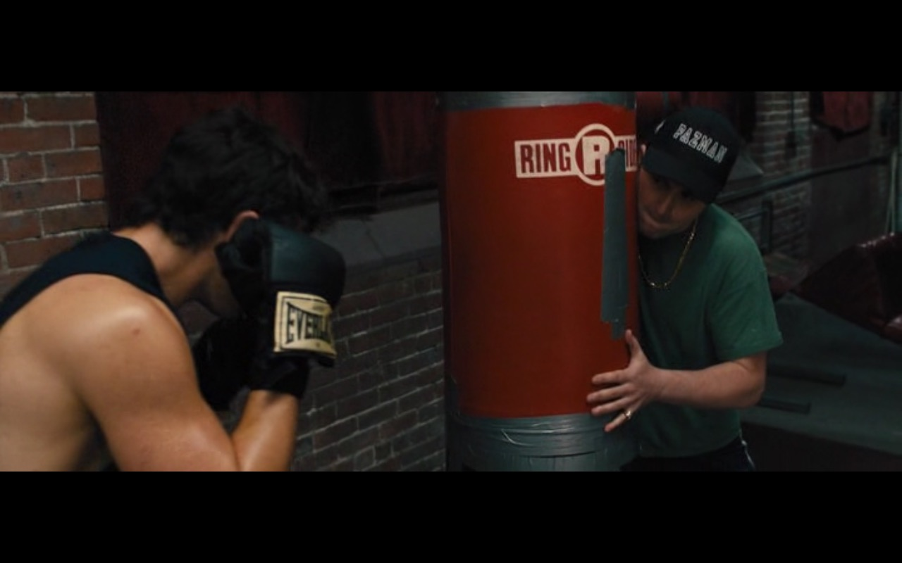 Everlast Boxing Gloves – Bleed for This (2016) Movie Product Placement