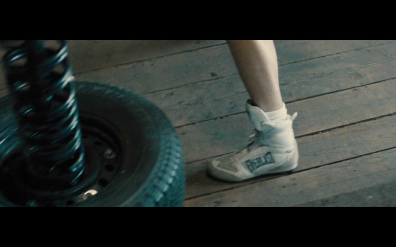Everlast Boxing Shoes – Bleed for This (2016) - Movie Product Placement