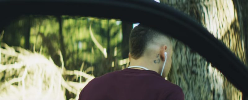 Beats Earphones – Kane Brown - What Ifs ft. Lauren Alaina Official Music Video Product Placement