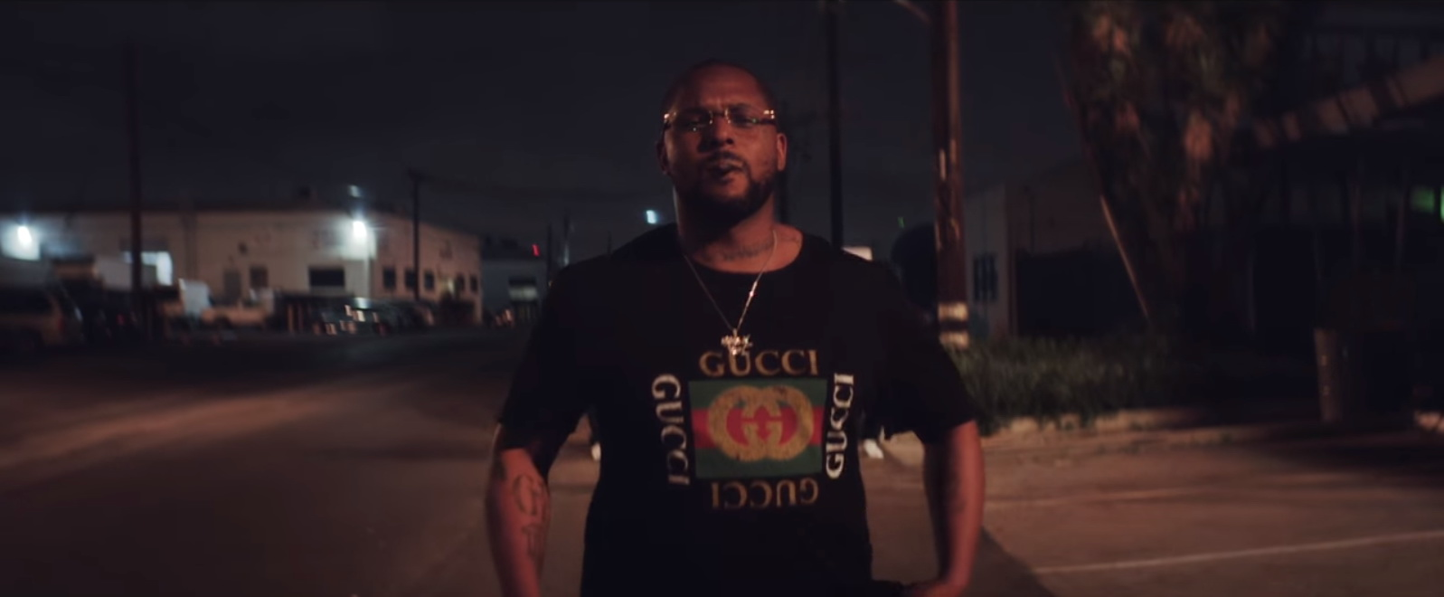 Gucci T-Shirt - Kendrick Lamar - DNA. Music Video  Product Placement Review